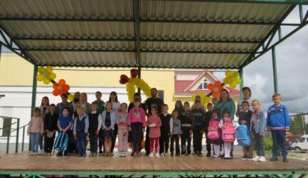 В Ржевском районе состоялось торжественное мероприятие, посвященное началу нового учебного года.